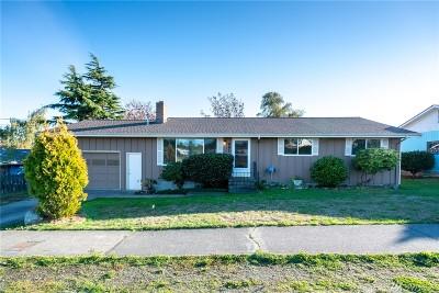 Oak Harbor WA Single Family Home For Sale: $265,000