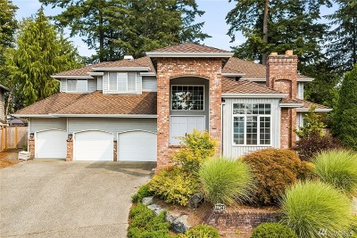 Issaquah Single Family Home For Sale: 3714 241st Ct SE