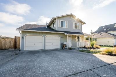 Oak Harbor WA Single Family Home For Sale: $330,000