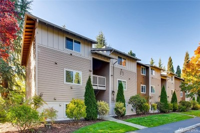 Woodinville Condo/Townhouse For Sale: 14002 NE 181st Place #A204