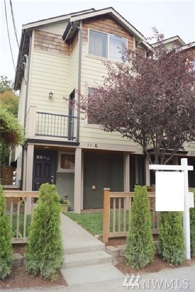 Seattle Single Family Home For Sale: 1120 N 92nd St #A