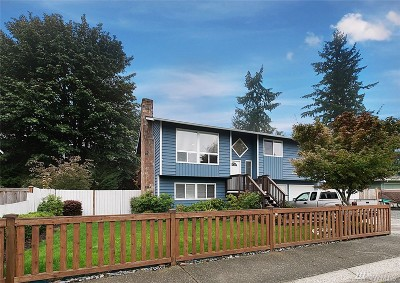Bothell Single Family Home For Sale: 17416 30th Dr SE
