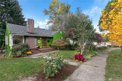 Seattle Single Family Home For Sale: 11209 Crestwood Dr S