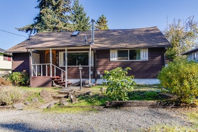 Seattle Single Family Home For Sale: 9612 52nd Ave S