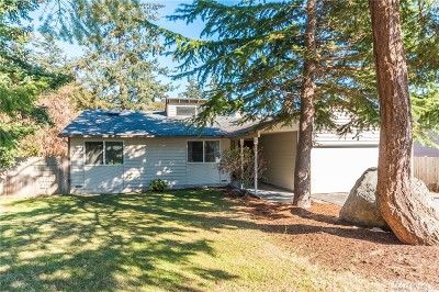 Oak Harbor WA Single Family Home For Sale: $308,500