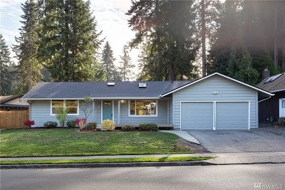 Kirkland Single Family Home For Sale: 11823 NE 144th Place