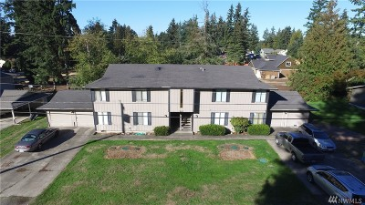 Puyallup Multi Family Home For Sale: 9827 158th St E