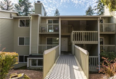 King County Condo/Townhouse For Sale: 9474 Redmond Woodinville Rd NE #A304