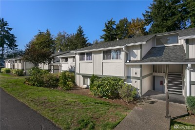 Federal Way Condo/Townhouse For Sale: 419 S 325th Place #T7