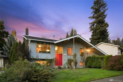Bellevue Single Family Home For Sale: 14820 NE 12th St