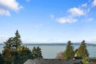 Everett Single Family Home For Sale: 4116 Cliff Dr