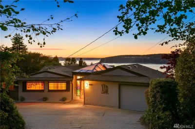 University Place Single Family Home For Sale: 4428 Sunset Beach Rd W