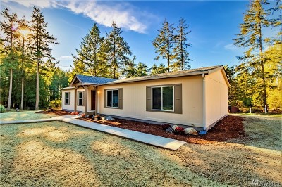 Port Orchard Single Family Home For Sale: 11724 12th Man Lane SW