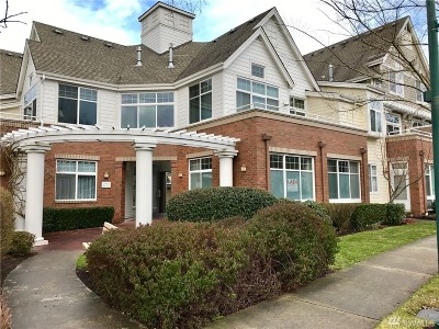 Issaquah Condo/Townhouse For Sale: 1371 Huckleberry Circle