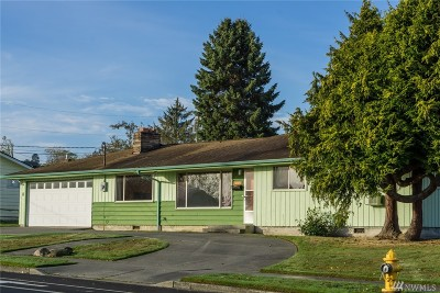 Anacortes Single Family Home For Sale: 2704 M Ave