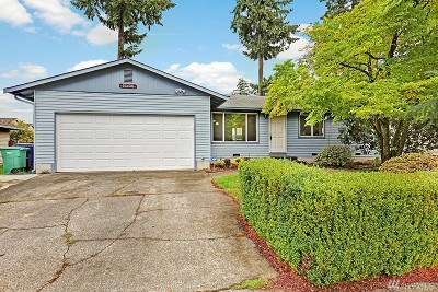 Woodinville Single Family Home For Sale: 15400 127th Place NE