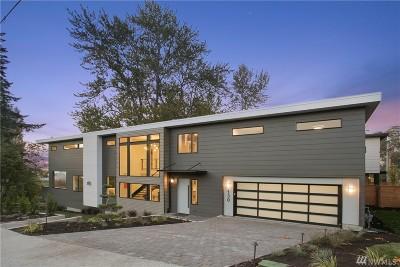 Kirkland Single Family Home For Sale: 130 18th Ave