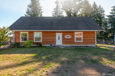 Yelm Single Family Home For Sale: 10440 Grove Rd SE