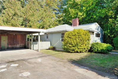 Mercer Island Single Family Home For Sale: 8634 SE 40th St