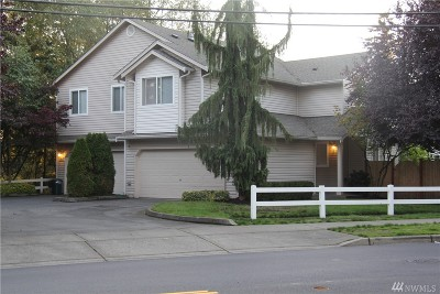 Snohomish County Condo/Townhouse For Sale: 20 91 Ave NE #B