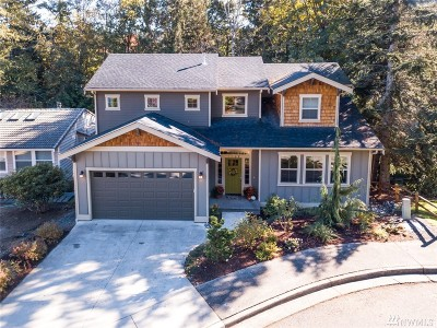 Bellingham Single Family Home For Sale: 1108 Inverness Lane