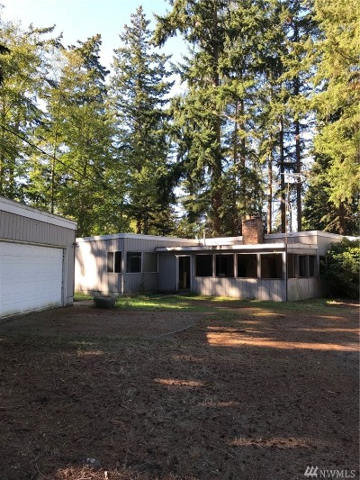 Island County Single Family Home For Sale: 923 NW Camano Dr