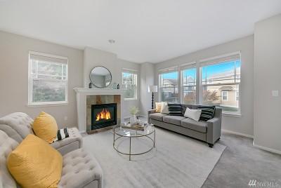 Redmond Condo/Townhouse For Sale: 9076 162nd Place NE #2204