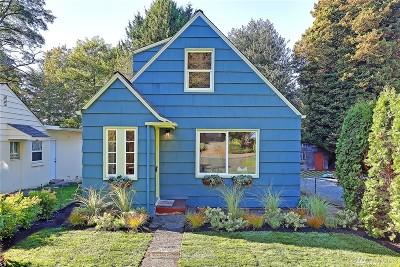 Seattle Single Family Home For Sale: 11747 Bartlett Ave NE