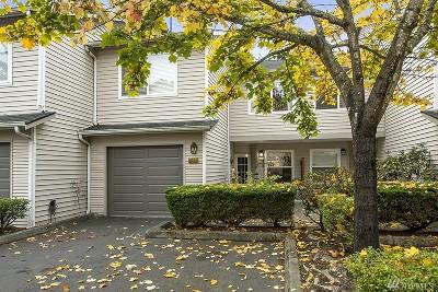 Renton Condo/Townhouse For Sale: 4808 NE Sunset Blvd #A104