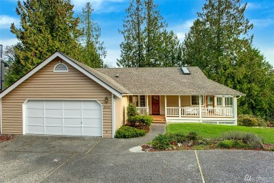 Sammamish Single Family Home For Sale: 22612 NE 14th Dr