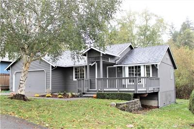 Everett Single Family Home For Sale: 120 E McGill Ave