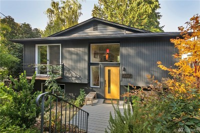 Seattle Single Family Home For Sale: 3320 York Rd S