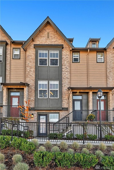 Issaquah Condo/Townhouse For Sale: 1384 Williamsburg Walk NE