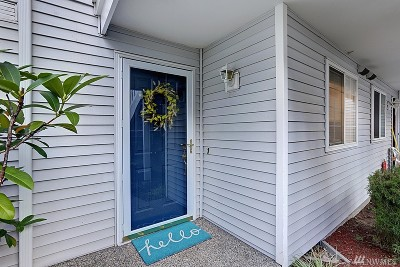 Bellevue Condo/Townhouse For Sale: 12387 SE 41st Lane