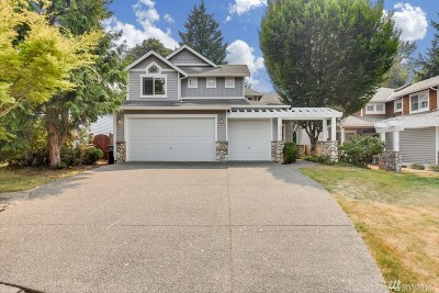 Kenmore Single Family Home For Sale: 8015 NE 148th Lane