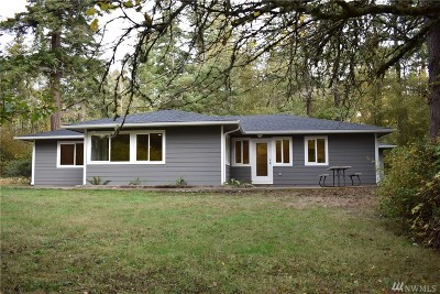 La Conner Single Family Home For Sale: 17491 Snee Oosh Rd