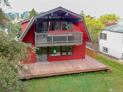 Seattle Single Family Home For Sale: 5247 23rd Ave SW