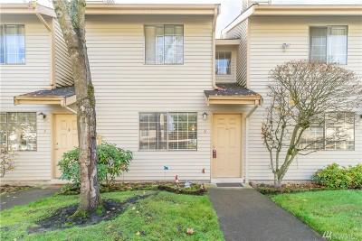 Everett Single Family Home For Sale: 115 124th St SE #J6