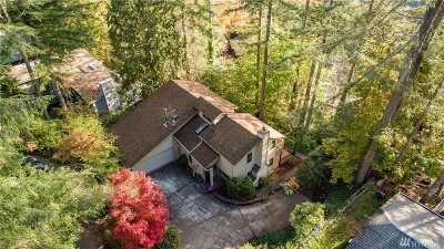 Olympia Single Family Home For Sale: 2033 Lakemoor Lane SW