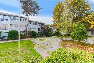 King County Condo/Townhouse For Sale: 15142 65th Ave S #311