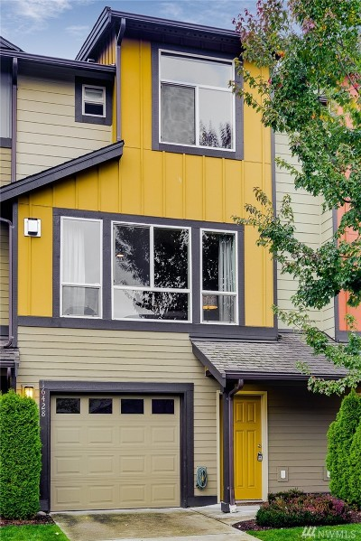 Bothell Condo/Townhouse For Sale: 16428 1st Park SE