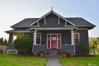 Single Family Home For Sale: 6102 S Sheridan Ave