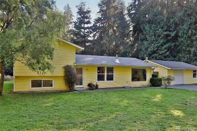 Freeland Single Family Home Pending: 5119 East Harbor Rd