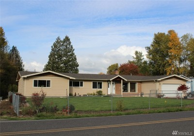 Bellingham Single Family Home For Sale: 3520 McAlpine Rd