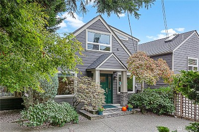 Seattle Single Family Home For Sale: 3760 Commodore Wy