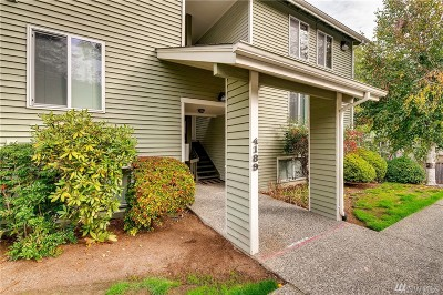 Bellevue Condo/Townhouse For Sale: 4189 W Lake Sammamish Pkwy SE #B310