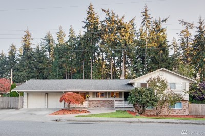 Bellevue Single Family Home For Sale: 15055 NE 12th St