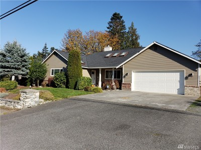 Anacortes Single Family Home For Sale: 2203 D Ave