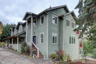 Redmond Single Family Home For Sale: 10604 Avondale Rd NE