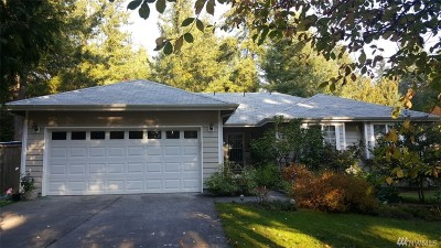 Yelm Single Family Home For Sale: 16330 Lawrence Lake Rd SE